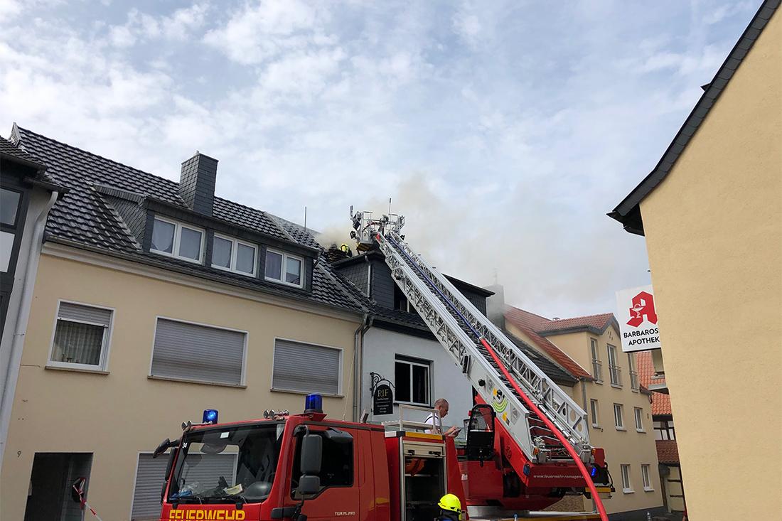 Motivation gibt auch die Ausstattung der ehrenamtlichen Hilfsdienste wie die Freiwilligen Feuerwehren.